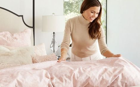 monique-lhuillier-garden-rose-duvet-cover-sham-o