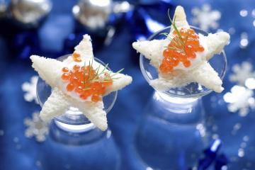 bouchees-de-noel-aux-oeufs-de-saumon