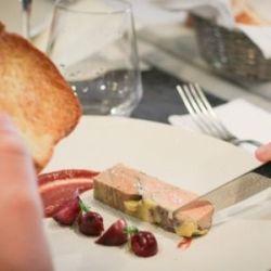 Foie gras mi cuit en terrine, cuisson au bain marie