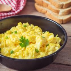 Comment faire des œufs brouillés