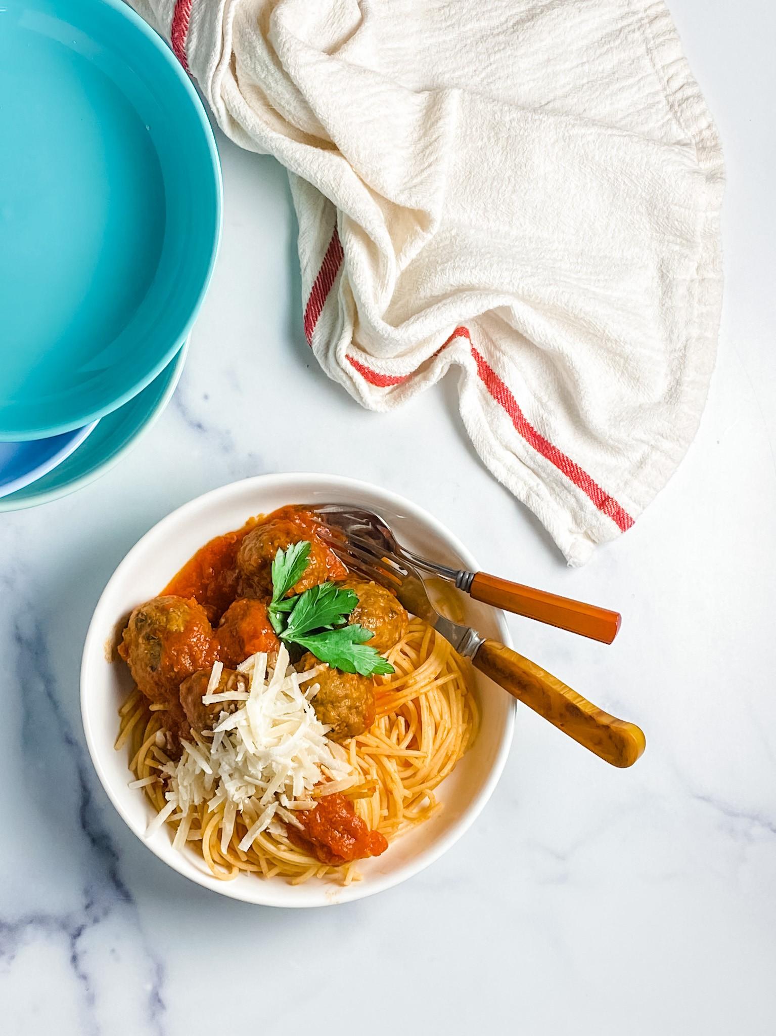 Pregistry's Friday Recipe: Easy, Mess-Free Meatballs!