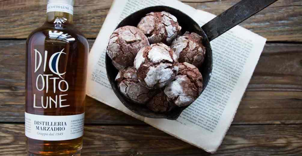 biscotti al cioccolato e grappa marzadro