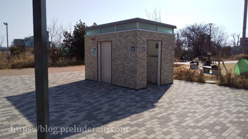 四谷さくら公園)トイレ