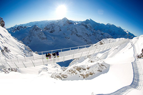 suspension-bridge-swiss-alps-elite-daily-1