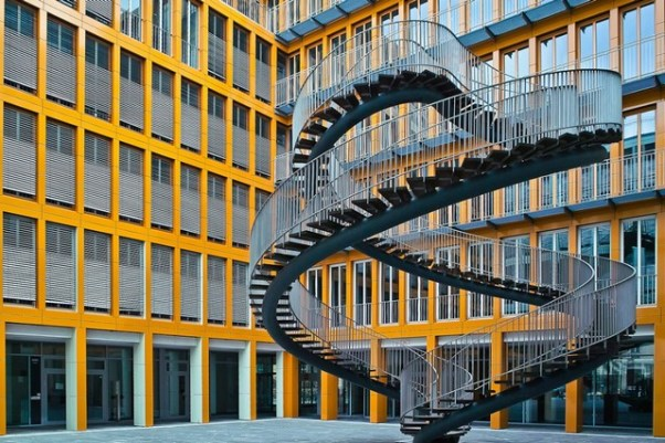 Amazing staircase 2