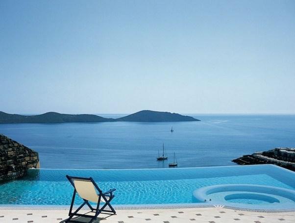 Holidays: Elounda, Crete