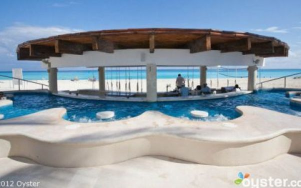 10_Beachside-Pool