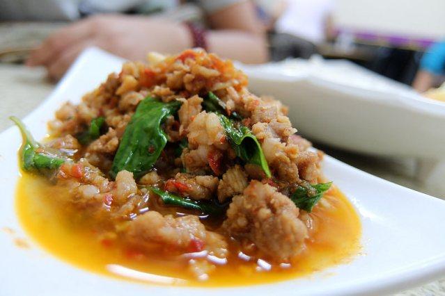 高雄-新興區-吃泰飽泰國料理