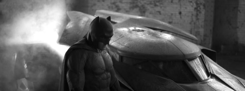 batman-vs-superman-batsuit-and-batmobile