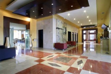 Hotel Sevilla Congresos 4*
