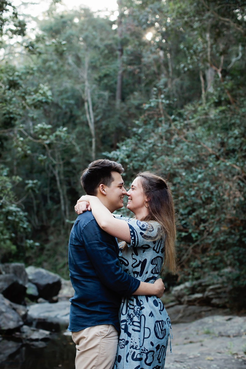 Engagement-Lifestyle-puppy-Engagement-Brisbane-Wedding-Photographer-Quincenmulberry_0001