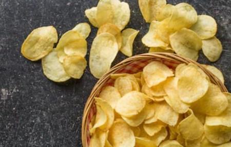 糖質の高い食べ物 ポテトチップス