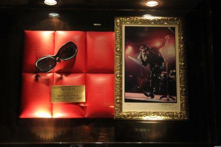 Bono Brille der ZooTV Tour