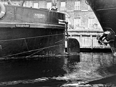 Schiffe im Frederiksholms Kanal - Nahaufnahme
