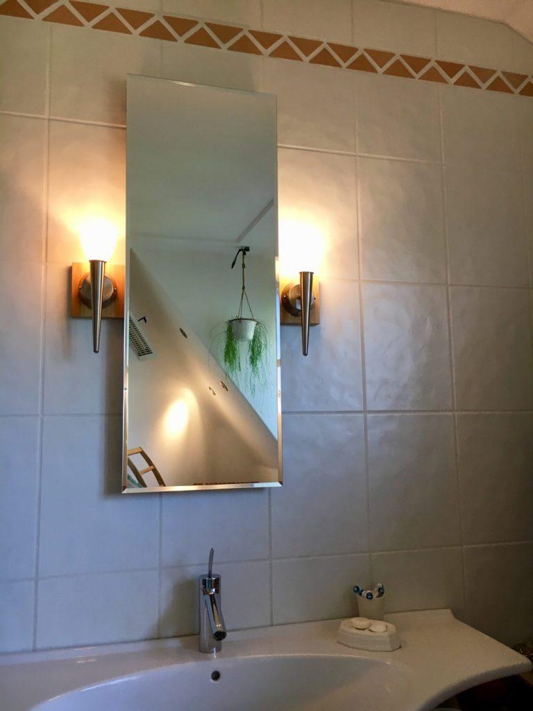 (Wanne Braucht Nur Mein Mann U2026und Die Kinder) Und Muscheln 🙂 Jaaaa U2013  Badezimmer Und Muscheln Und Ein Paar Schöne Glaswaren: )
