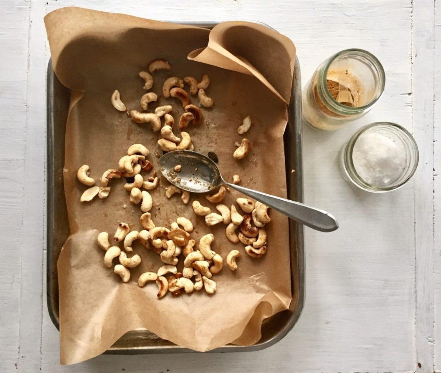 cashewkerne sind ein toller snack bei low carb
