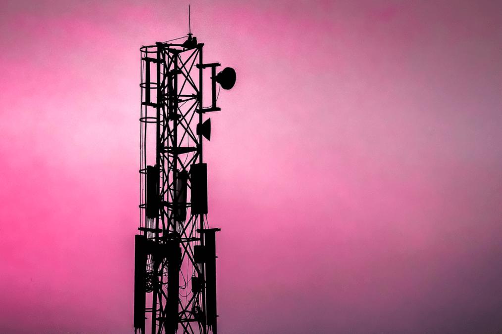Open RAN: ¿una oportunidad para la cooperación digital europea? Torre de telecomunicaciones. Foto: Madarasi Lastna'me (CC BY 2.0). Blog Elcano
