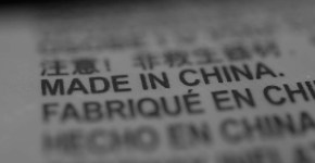 """Are we ready for another """"China shock""""?""""Made in China"""" label. Photo: Martin Abegglen (CC BY-SA 2.0) Elcano Blog"""