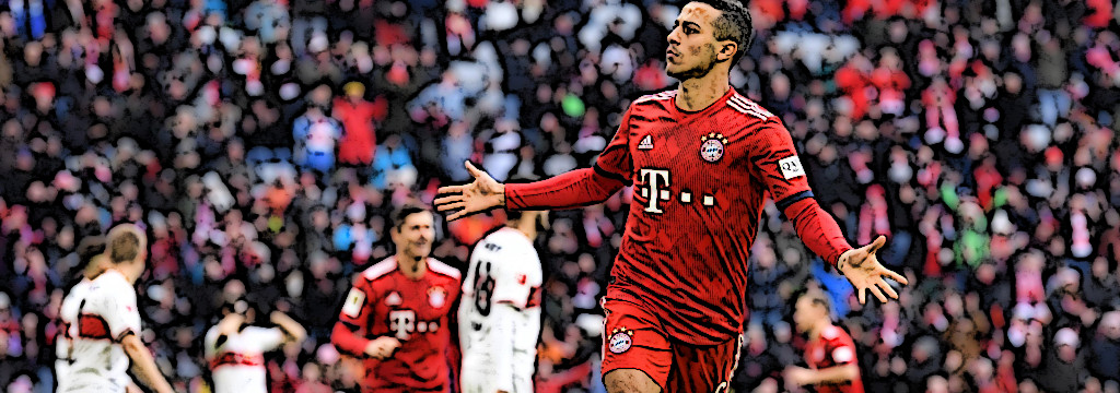 Thiago celebrates against VfB