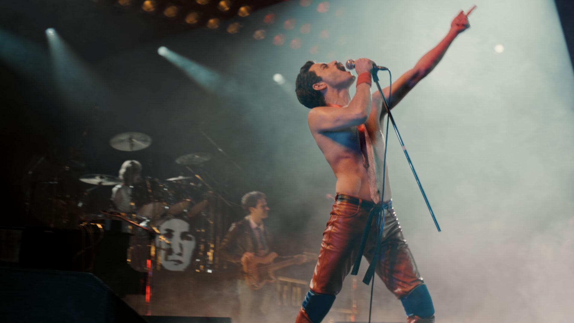 Rami Malek snags a Golden Globe for his role in Bohemian Rhapsody