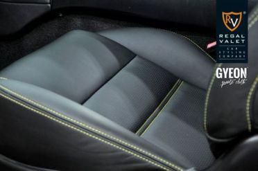 MazdaRX7_Interior01