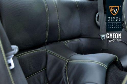 MazdaRX7_Interior02