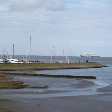 Hafen Horumersiel Mein Schiff 4 Nordsee fern