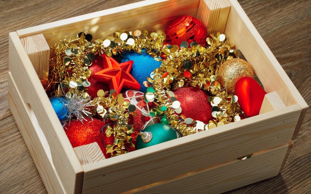 4 consejos para guardar la decoración navideña
