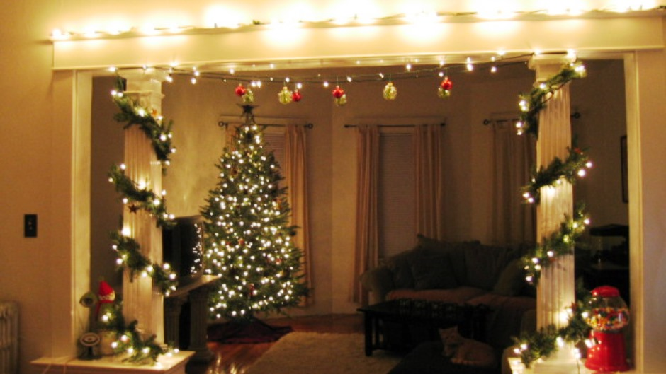 Christmas Decoration Ideas For Apartments   Elitflat Holiday Decorating Ideas For A Small Apartment Rentcom Blog