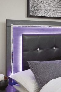 LED headboard corner with pillows