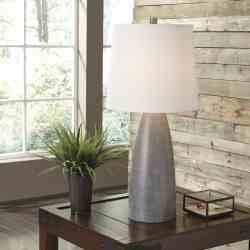 Shavontae lamp