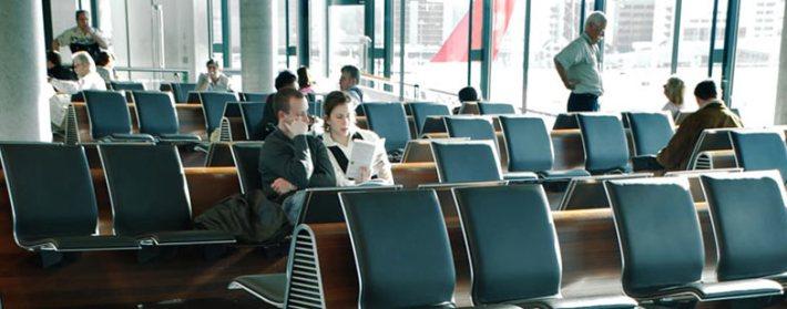 várakozás reptéren