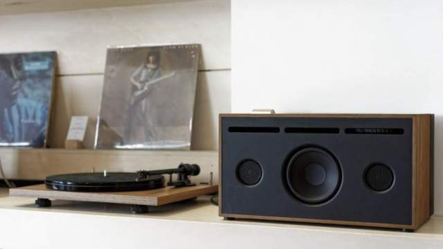 ProJect Essential III Phono + Laboiteconcep PR01