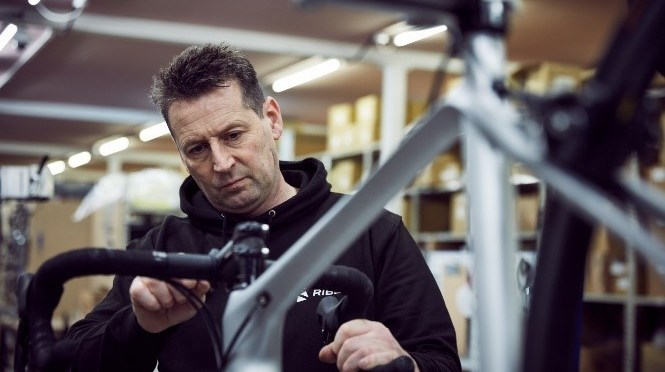 GUIDE: Clean & care for your bike – Essential guide to cleaning and lubricating