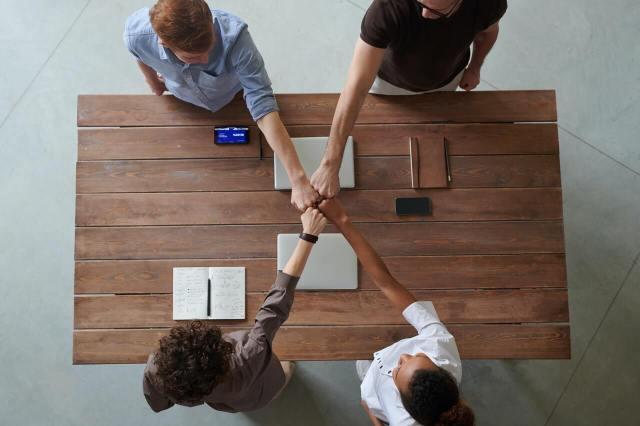 【簽約注意事項】代書仲介與履保公司的關聯性 |包租公|買房很簡單|房產諮詢