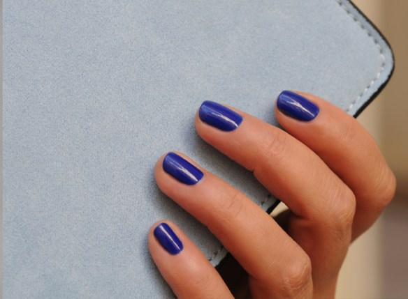 vernis permanent bleu - Made in France