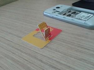 Simcard yg otomatis terpotong menjadi micro sim card dari pabriknya