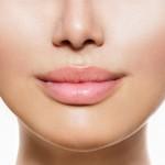 Tratamente naturiste pentru buze uscate sau crapate