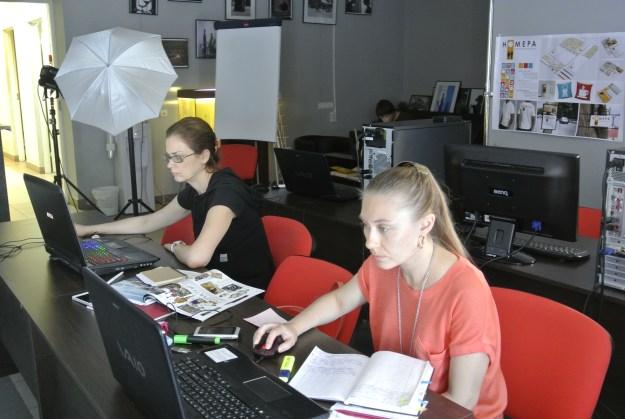 Школа журнального дизайна Закончился 2-х недельный марафон - ШКОЛА АРТ-ДИРЕКТОРА. ФИНАЛ DSC6032