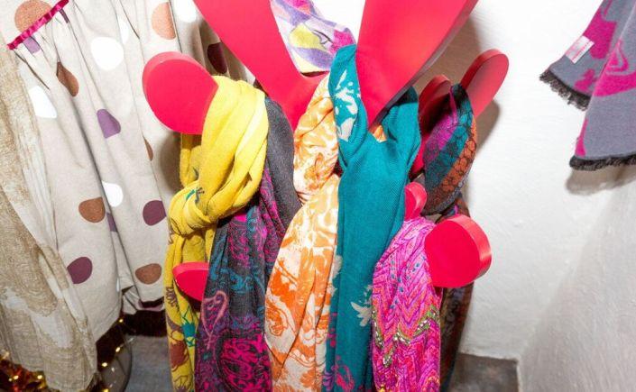 farandole de foulards.©2016 Serge Briez pour Rose Citron