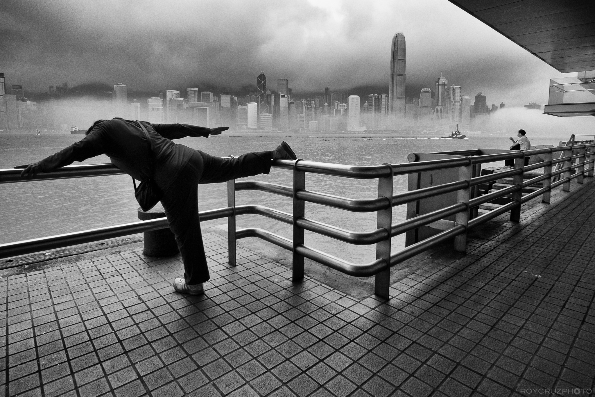 Hong Kong Morning Stretch-1