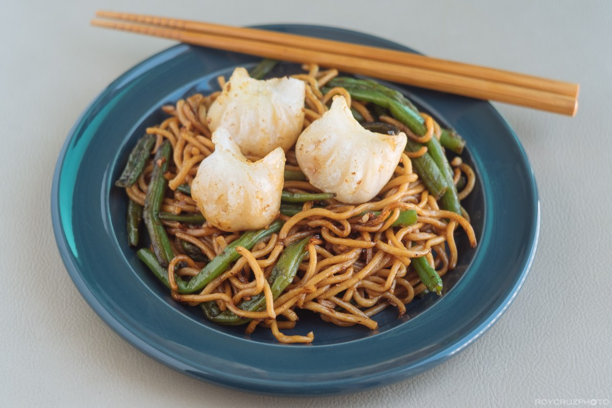 Green Bean Yakisoba with Fried Har Gow-1