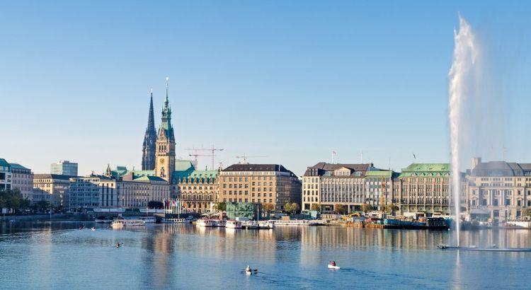 Aufnahme an der Binnenalster in Hamburg