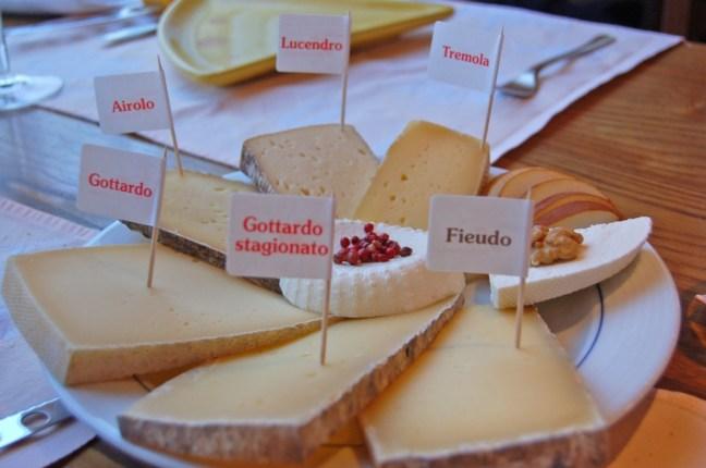 Misto-formaggi---Caseificio-del-San-Gottardo---Airolo