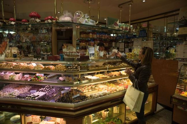 Delicious Dolci Assortment at Pasticceria Ballarin Venezia