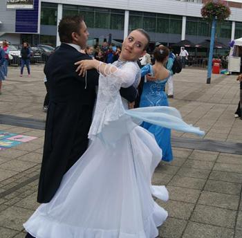 danspaar mannen vrouwen rolverdeling stijldansen