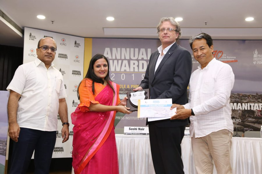 Urvashi Sarkar wins the first prize at PII-ICRC Annual Media Awards
