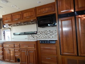 2017 Jayco Precept 35S kitchenette
