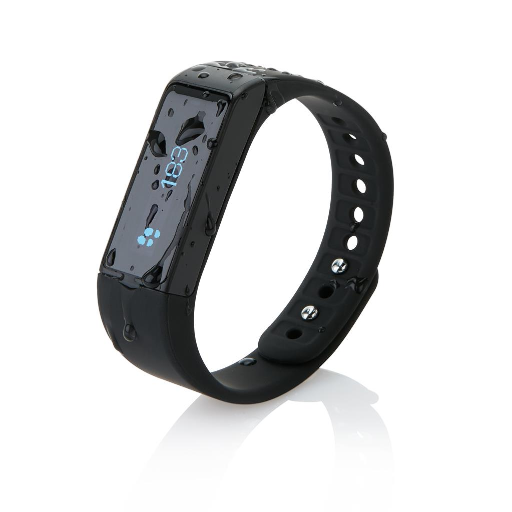 activity-tracker-waterproof