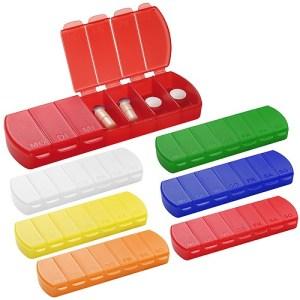 Set di portapillole in vari colori con sette scomparti